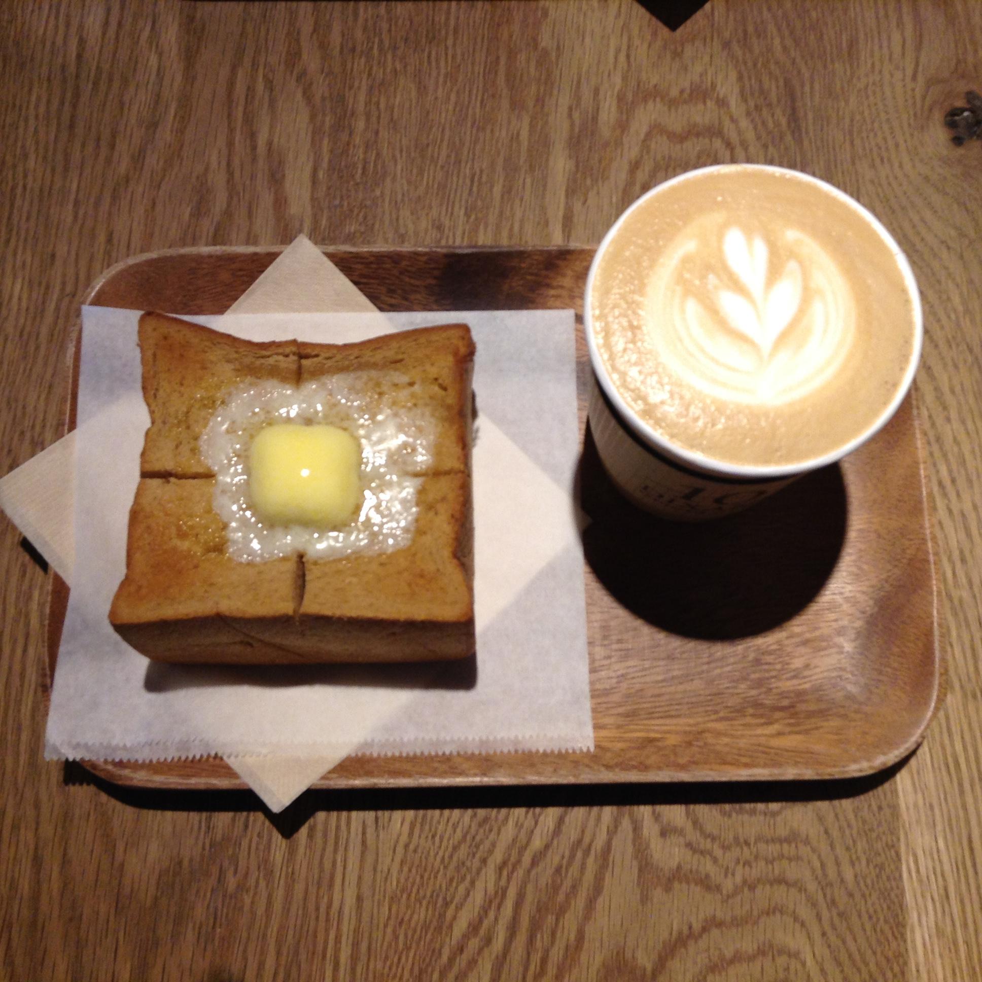 ディゾン パティスリィ&カフェ